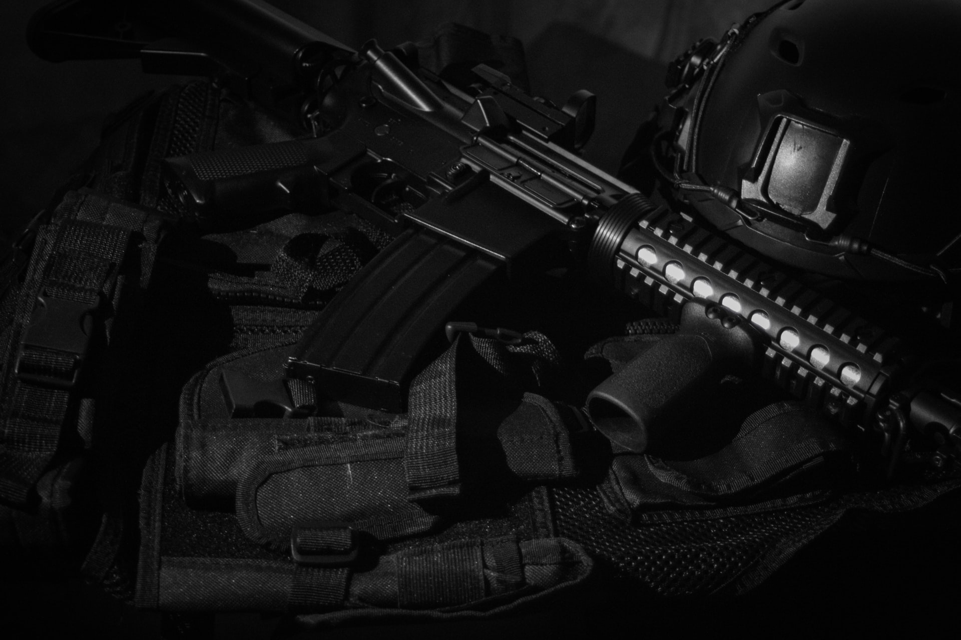 Popular Weapons Replicas in Airsoft